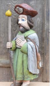 Parodos centre - medinė liaudies menininko Sauliaus Lampicko*** Šv. Jokūbo skulptūra (2020)
